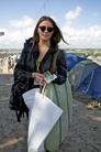 Glastonbury-2011-Festival-Life-Lara--32