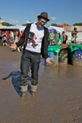 Glastonbury-2011-Festival-Life-Lara--6