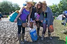 Glastonbury-2011-Festival-Life-Lara--66