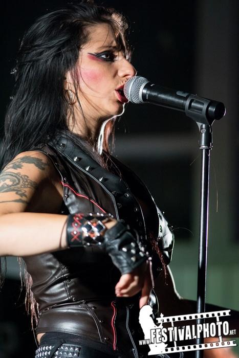 Sister Sin  - Page 3 Helldorado-Rockfest-20130907_Sister-Sin_Beo3924