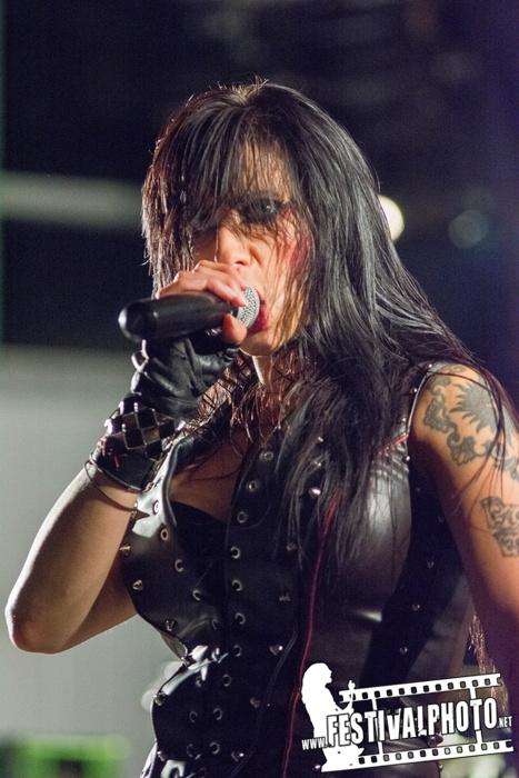 Sister Sin  - Page 3 Helldorado-Rockfest-20130907_Sister-Sin_Beo4156