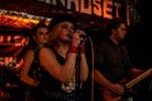Livekarusellen-Katapulten-Ostergotland-20140125 Red-Velvet-Lines 4243