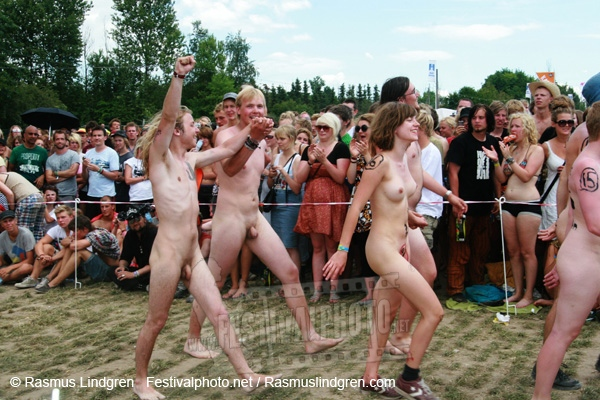 Naked at the races