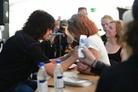 Sweden-Rock-Festival-20130606 Signering-Med-Tommy-Thayer 8671-Copy