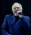 V-Festival-Weston-Park-20120818 Tom-Jones-Cz2j3037