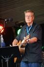 Visfestival Holmon 2010 100731 Mikael Wiehe 3758