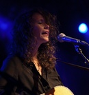 20111006 Sarah-Lee-Guthrie-And-Johnny-Irion-Debaser---Malmo--0351