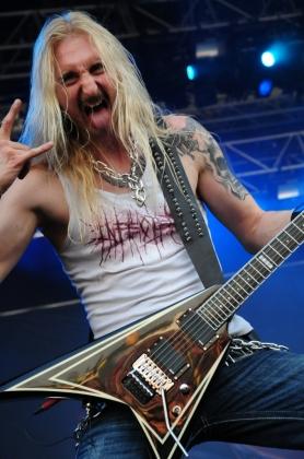 Review1017_Hammerfall_live@Nova_Rock_festival