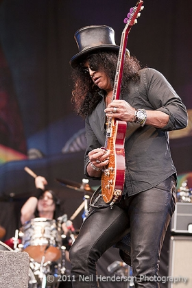 Review1087_High_Voltage_Slash_IMG_8329
