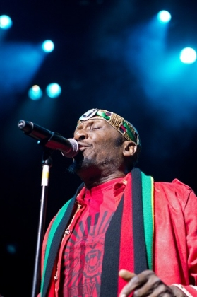 Review1144_jimmycliff