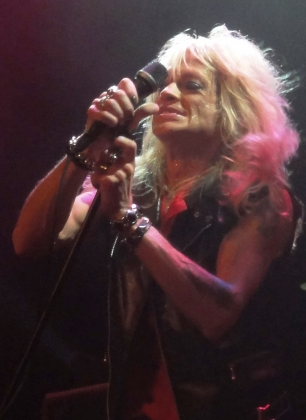Review1148_Michael_Monroe_Debaser_Medis_110907