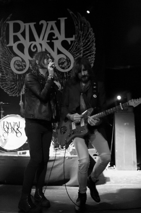 Review1352_rivalsons