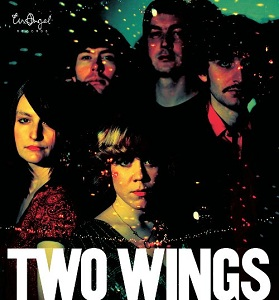 Review1526_two_wings_-_loves_spring