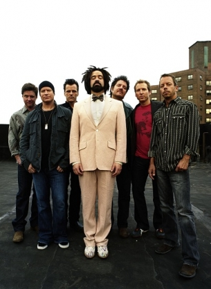 Review1567_Counting_Crows_3_press_Danny_Clinch