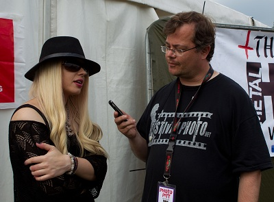 Review2001_me_with_orianthi