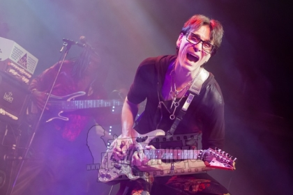 Review2198_20121124_Steve-Vai-Kb---Malmo-_0434