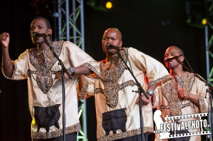 Review3689_Cambridge-Folk-sunday_Ladysmith-Black-Mambazo-Cz2j8836