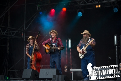 Review3726_Helgeafestivalen-20140830_Tennessee-Drifters-Andy1980red