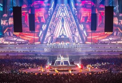 Review4866_Armin-Van-Buuren-live-pe-scena-970x660