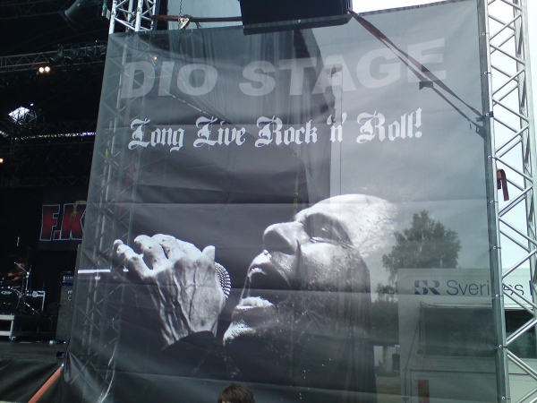 DIO Stage